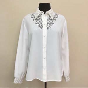 WEYBURN LA REDOUTE Embroidered Button Up Blouse